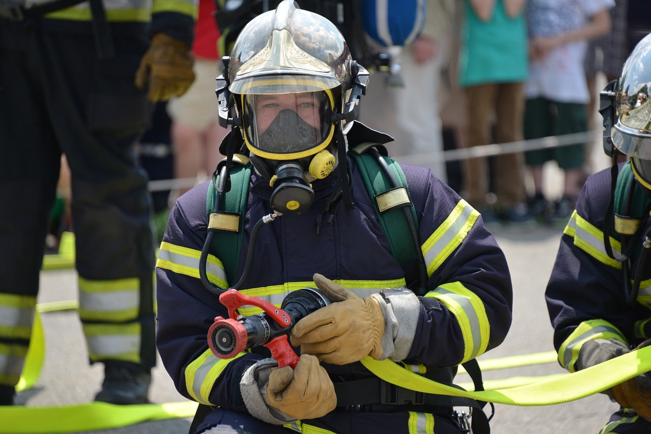 EMT to Firefighter: A Career Guide for Aspiring Firefighter EMTs